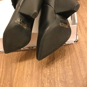 Anne Michelle Shoes - Suede Boots w/ a slouchy silhouette and cone heel